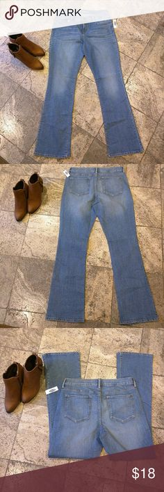 Bootcut stretch jeans Medium wash color bootcut jeans with stretch, inseam 31.5 inches, new with tag Old Navy Jeans