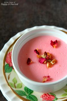 GULAB PHIRNI Smooth & Creamy Rose Favored Rice Pudding}