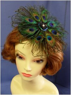 Don't like this design but love the idea of using peacock feathers