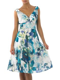 Linea Dress Floral Print Prom Dress. Retails at £390. Bids from £58.50. More surplus stock available at Brands365.co.uk.