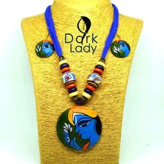 suits for all occasions. Get your ethnic and traditional Outlook. Our handmade terracotta jewelry set secured with an adjustable drawstring closure. Perfectly goes with sarees, Salwar or any ethnic wear. Ceramic Jewelry, Clay Jewelry, Jewelry Art, Jewlery, Silver Jewelry, Jewelry Design, Terracotta Earrings, Wooden Earrings, Fabric Earrings