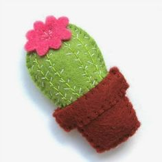 20 Free Succulent & Cactus Patterns To Embroider, Sew, Quilt & Craft - Jacquelyn. - 20 Free Succulent & Cactus Patterns To Embroider, Sew, Quilt & Craft – Jacquelynne Steves - Cactus Craft, Cactus Diys, Cactus Cactus, Felt Keychain, Felt Decorations, Felt Brooch, Fabric Brooch, Felt Patterns, Embroidery Hoop Art