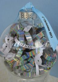 Christmas ornament with printed ribbon