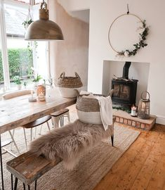 Image may contain: table and interior - Scandinavian Design Trends - Have Best Home Decor ! Scandi Living Room, Cottage Dining Rooms, Scandi Home, My Living Room, Scandi Style, Interior Styling, Interior Design, Scandinavian Design, Decoration