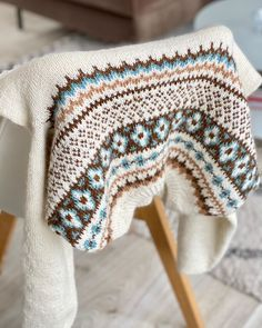 Knitting Designs, Knitting Ideas, Crotchet, Design Inspiration, Blanket, Sweater Vests, Knitting Projects, Blankets, Cover