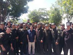 Reconocimiento a la labor de los Héroes del ESMAD. Protegiendo el orden público en Ocaña. @PachoSantosC.