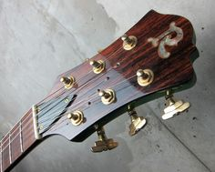 B.C. Rich Bich 10 String Trans Green http://www.waku-ya.com/product/1134