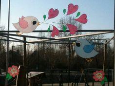 Vogeltjes raamschildering Mirror Art, Spring Time, Art Projects, Flora, Easter, Joy, Windows, School, Drawings