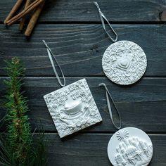 Ann Voskamp - The Greatest Gift - Sculpted Ornament Set