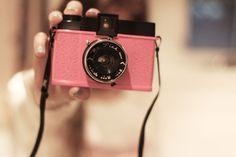 i want a vintage pink cameraaaaa <3333
