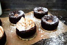 Kladdkaksmuffins med Nöt-Crème   Catarina Königs matblogg Cookie Cake Pie, Brownie Cupcakes, Brownies, Cheesecake, Cookies, Sweet, Desserts, Food, Cake Brownies