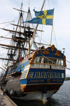 """Arrgggh, ye scurvy scalawag, she be a mighty fine Pirate ship !  This is the Swedish ship """"Götheborg""""an (almost) exact replica of the original East Asian trading ship who sank just outside Gothenburg in 1745. Pirates!"""