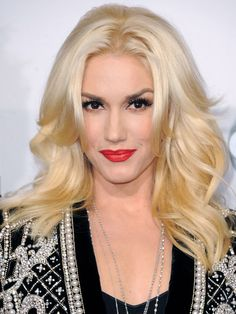 American Music Awards 2012: Gwen Stefani http://beautyeditor.ca/gallery/american-music-awards-2012/gwen-stefani/