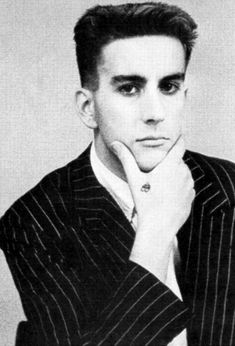 click then click again for LGE pic Fun Boy Three, Terry Hall, Britpop, Pop Punk, New Wave, Rock N Roll, Royals, Indie, Singing
