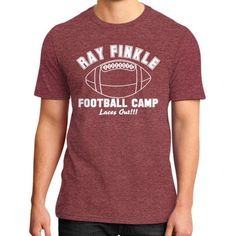 Apparels rayfinkle District T-Shirt (on man)