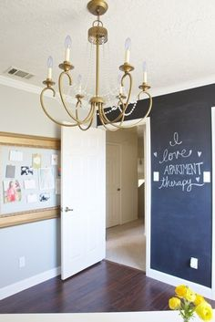 """Shalyn's """"Paint it Gold"""" Workspace — Workspace Tour 