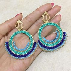 Tips For Finding The Pefect Piece Of Jewelry Ear Jewelry, Bead Jewellery, Hippie Jewelry, Jewelry Crafts, Beaded Jewelry, Jewelry Making, Handmade Bracelets, Earrings Handmade, Handmade Jewelry