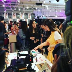 Esprit x opening ceremony collaboration @esprit @openingceremony #hk #hkstyle #style #fashion #summer #esprit #korea #korean #celebrity #fashion http://tipsrazzi.com/ipost/1507304633776654353/?code=BTrBZQQjsgR