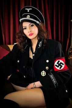 Nude girls nazi ss