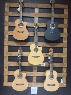 Expo de Guitarras Manuel Rodríguez en Beraca Musica Tenerife Islas Canarias España