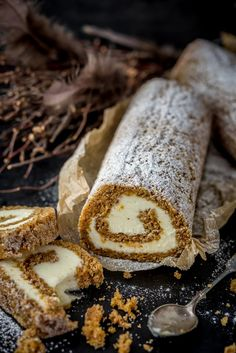 Porkkanakakku-kääretorttu // Carrot Cake Swiss Roll Food & Style Antti Lumiainen & Mika Rampa, Perinneruokaa prkl Photo Mika Rampa www.maku.fi Baking Recipes, Cake Recipes, Dessert Recipes, Finnish Recipes, Piece Of Cakes, Sweet And Salty, Mellow Yellow, Let Them Eat Cake, No Bake Cake