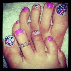Mendi Toes - Nail Art Gallery by nailsmag.com