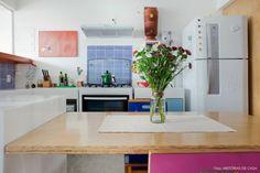 25-decoracao-cozinha-aberta-armario-azul