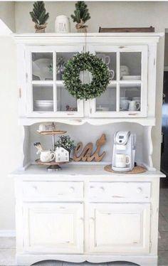 Farmhouse kitchen coffee area ideas - cute coffee nook!