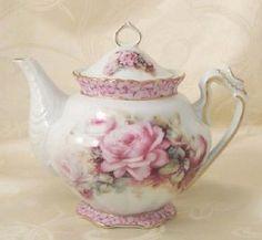 such a pretty teapot