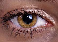 Robiel has eyes like this.