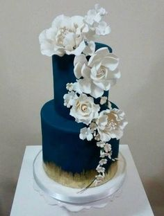 """Royal Blue & White Gardenias""Wedding Cake"