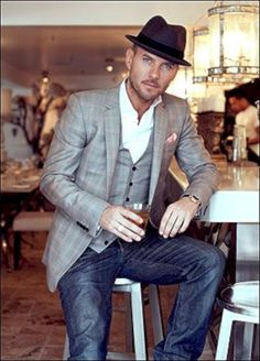 276c2c2c71738 41 Classy Work Attire For Men You Can Copy Now