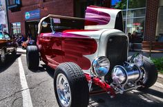 Hot cars, Cool Nights, Loveland, 6-15 - Dennis Holland, VMCCA - Picasa Web Albums