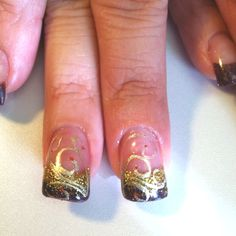 Fall fantasy. Hang 10 nails