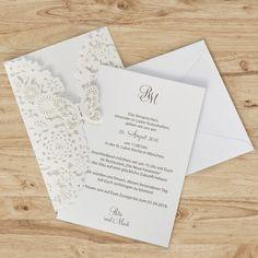 Hochzeitseinladung zarter Schmetterling weiß, 2,49