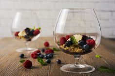 deconstructed cheesecake - deconstructed cheescake with mixed berries