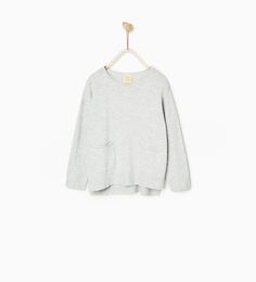 SWEATER WITH POCKETS - Available in more colours