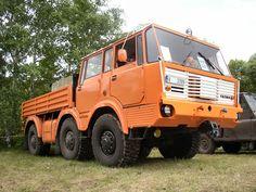 TopWorldAuto >> Photos of Tatra 813 - photo galleries Vintage Trucks, Old Trucks, Monster Trucks, Bus, Commercial Vehicle, Heavy Equipment, Motor Car, Tractors, Transportation