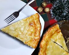 Canadian Tourtière served on a white plate with a fork Christmas Meat, Pie Recipes, Cooking Recipes, Beef Recipes For Dinner, Yummy Eats, Favorite Holiday, Ground Beef, Food To Make, Delish