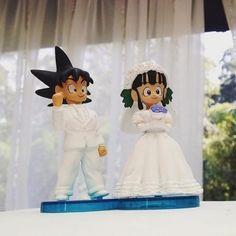 O detalhe dos noivos no bolo da cerimônia de Jiang Pu #casamentocebora