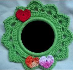Moldura de Crochê com aplique de coração | Laboratório de Crochê | Elo7