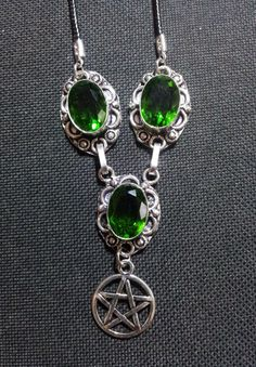 Green Quartz Pentacle Necklace + Free Shipping Worldwide, Pentacle Crystal Jewelry, Spiritual Jewelry, Pagan jewelry by OurArtyCreations on Etsy