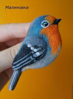 Купить Птичка брошь. - комбинированный, птички, авторская ручная работа, войлок ручной работы: