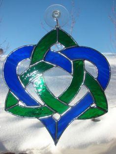 beautiful celtic love knot