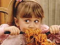 Michelle Tanner was the Best Character on Full House Michelle Tanner, Full House Michelle, Full House Funny, Swimming Memes, Fuller House, Olsen Twins, Photo Wall Collage, 90s Kids, Mood Pics