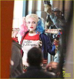 CIA☆こちら映画中央情報局です: Suicide Squad : 悪役特攻部隊が早速、出動!!、ウィル・スミスのデッドショット、マーゴット・ロビーのハーレー・クインらが登場した話題の悪のコミックヒーロー映画「スーサイド・スクワッド」のセット・フォト!! - 映画諜報部員のレアな映画情報・映画批評のブログです
