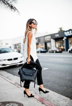 Basic outfits make for one of the best cute summer work outfits for women! #summerworkoutfits #workoutfitswomen #summerworkoutfitsoffice #office #summer #work