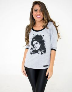Blusa 3/4 Amy em cinza mescla, tecido em algodão, estampa personalizada e exclusiva Superego