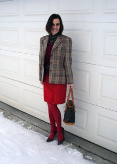 #HighLatitudeStyle How to dress stylishly in clod climate without freezing to hypothermia  http://www.highlatitudestyle.com