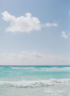 Cancun Mexico - Blue Ocean... here right now